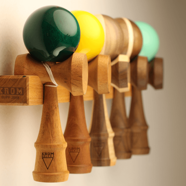 KROM Cliff John - Kendama Display