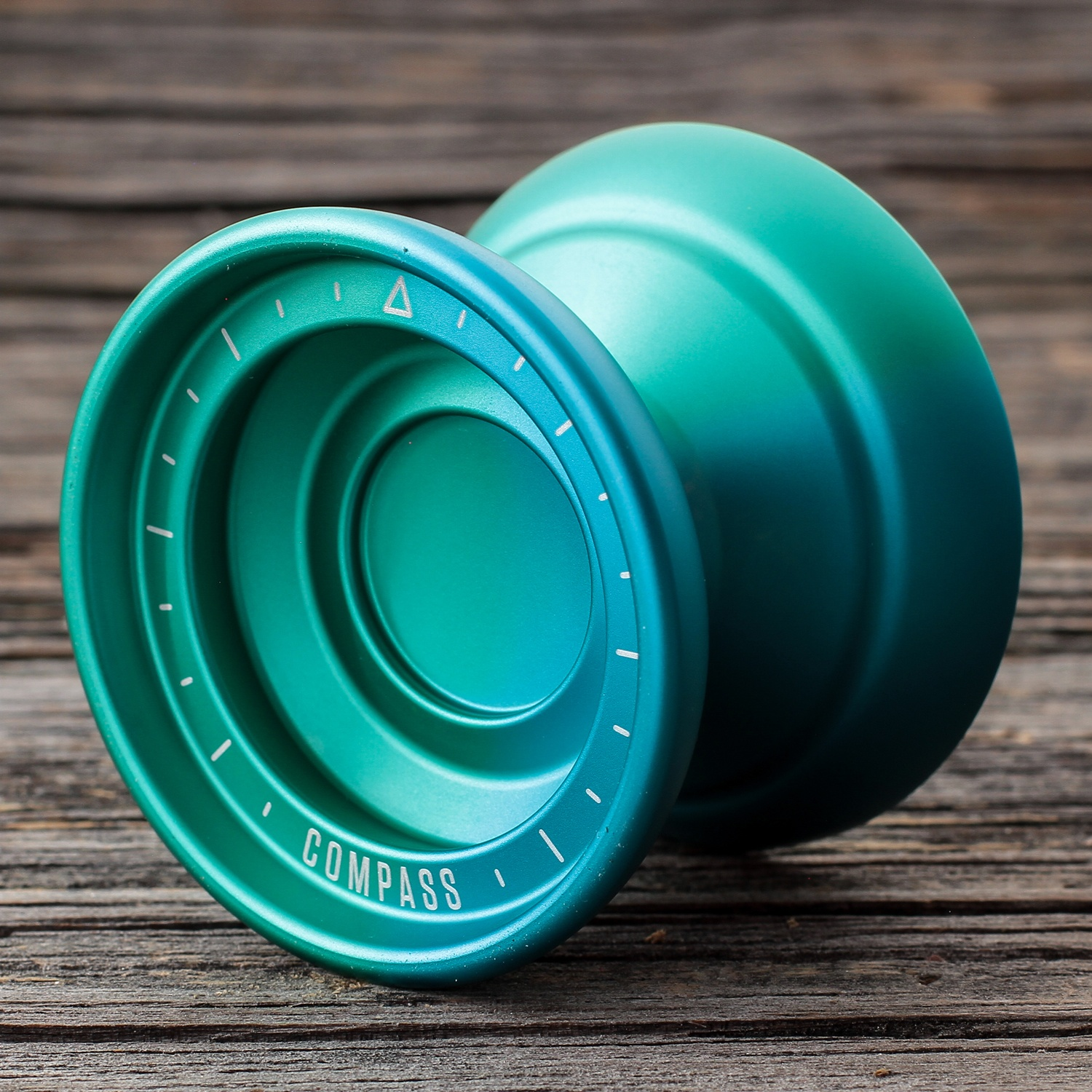 CLYW Compass - Frozen Battery