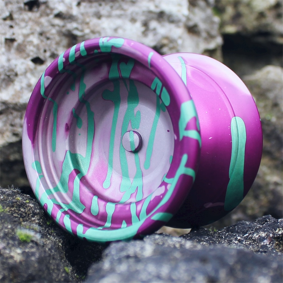Yoyofficer Vector - Purple & Silver acid wash w/ Green splash