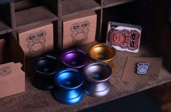 CLYW Metal Yeti - Package